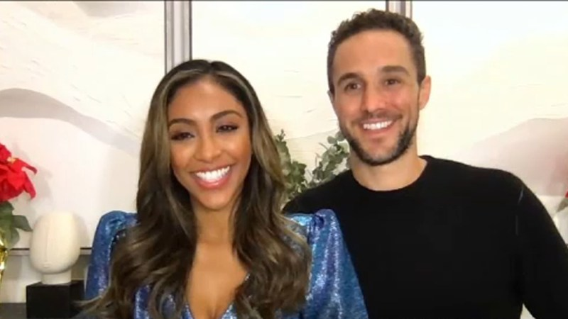 Tayshia Adams and Zac Clark talk 'Bachelorette' engagement, Christmas in NY  - ABC7 New York