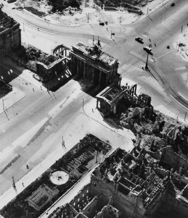 Berlin After WW2 20 pics