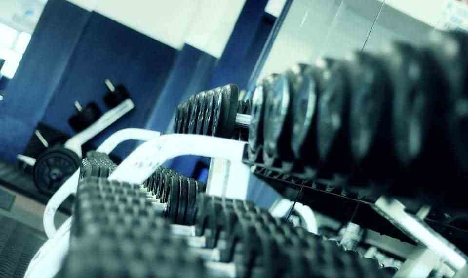 10 Signs You Should Start Working Out at the Gym