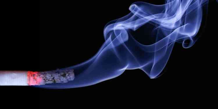 Vaping vs Smoking: The Health Debate