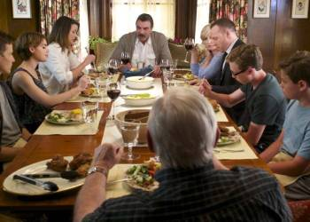 A scene depicting a family dinner on Blue Bloods
