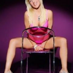 Crystal_Pure Dunfermline Edinburgh Airport Queensferry  Scotland KY12  British Escort