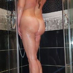 Sensual Lana  West Midlands ws14 British Escort