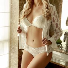 Amazing25 London London W13 British Escort