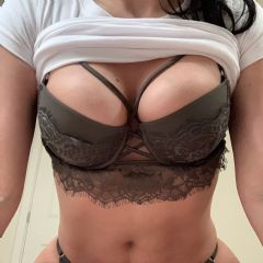 Louiseee Hertfordshire, London, Airports, East Midlands East of England (Anglia) WD25 British Escort