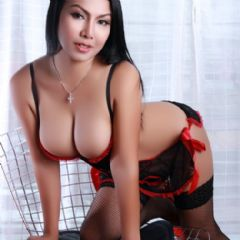 RAYA HOT X Wolverhampton West Midlands WV10 British Escort