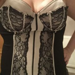 suzisubmissive.83 Nottingham, Derby Area East Midlands De7  British Escort