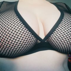 Curvy_catpixi Edinburgh Scotland EH6 British Escort