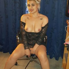 Party carla Walthamstow  Out Calls All Around London E17 British Escort