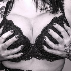 Personality1972 Portsmouth South East Po4 British Escort