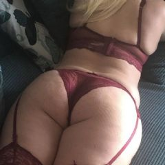 Caramel Beauty 69 St. Austell South West PL26  British Escort