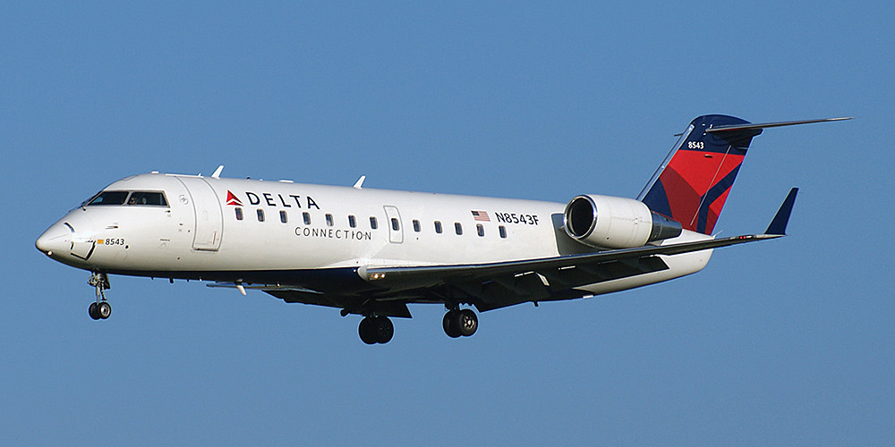 Endeavor Air Airline code web site phone reviews and