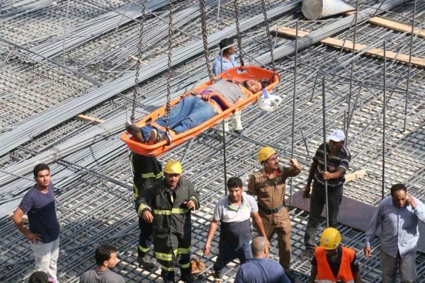 مصرع عامل وإصابة 14 في انهيار مبنى بمكة