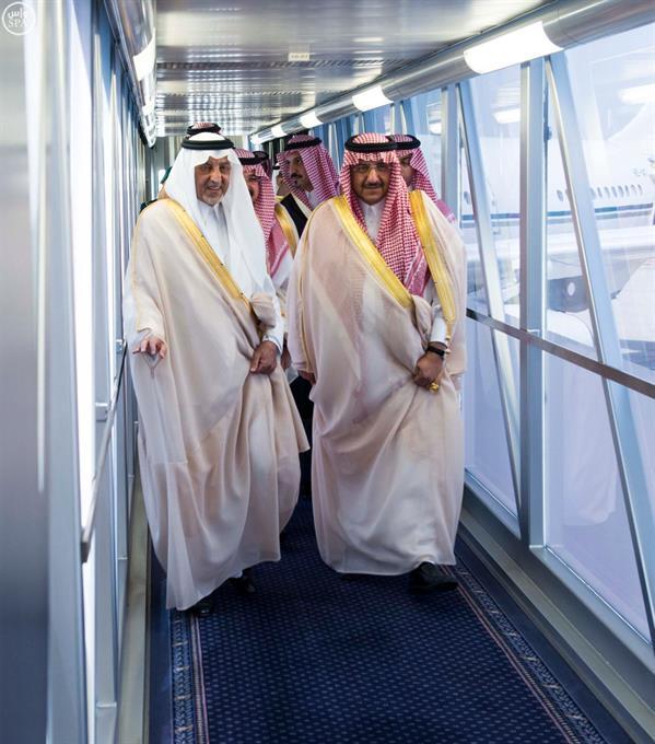 بالصور.. ولي العهد يصل جدة قادماً من الرياض
