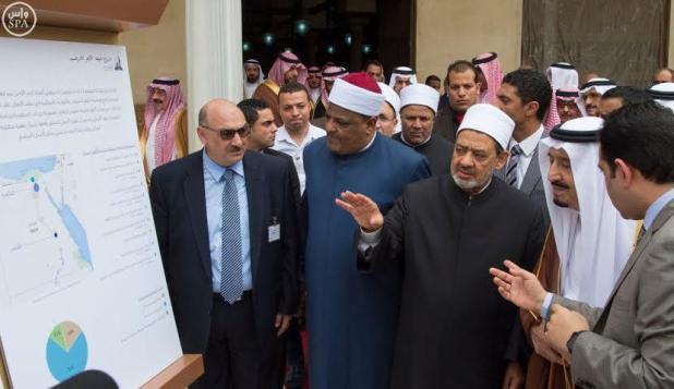 خادم الحرمين يضع حجر الأساس لمدينة البحوث الإسلامية