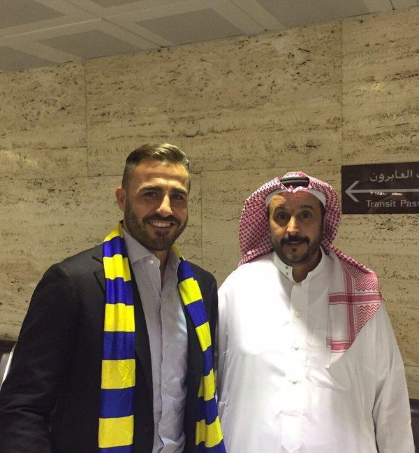 مدرب النصر فابيو كانافارو يصل الرياض ( صورة )