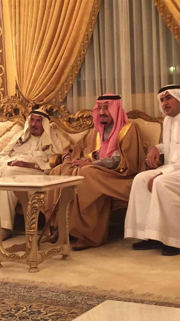 خادم الحرمين الشريفين يزور الشيخ ثنيان الثنيان