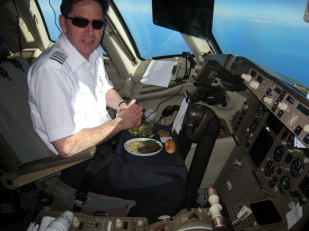 2-وجبات الطيارين: