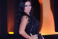 وانتهت الأزمة بعد اعتذار رانيا يوسف وسحب المحامين للبلاغات ضدها