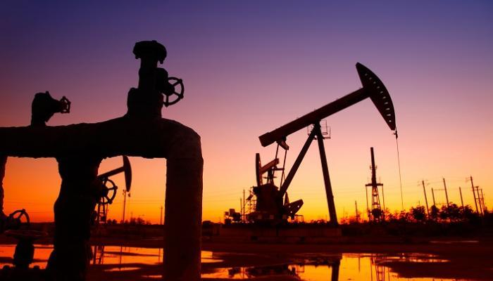 Photo of النفط يتراجع بفعل شح تفاصيل اتفاق تجاري بين أمريكا والصين