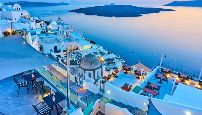 لعشاق السياحة الأوروبية.. 6 وجهات يمكن زيارتها خلال عيد الفطر