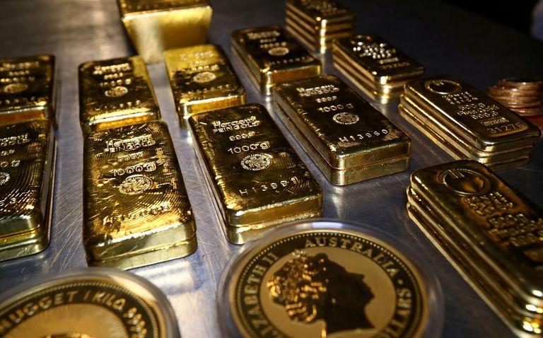عملات وسبائك ذهبية - رويترز