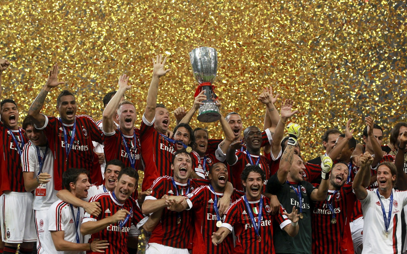 Soccer Iphone Wallpaper Hd Sports Soccer Ac Milan Football Teams Wallpaper
