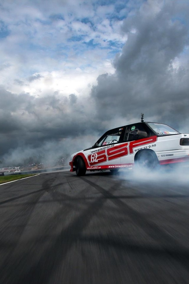 Free Download Racing Cars Wallpapers Cars Drifting Bmw E30 Speedhunters Com Wallpaper