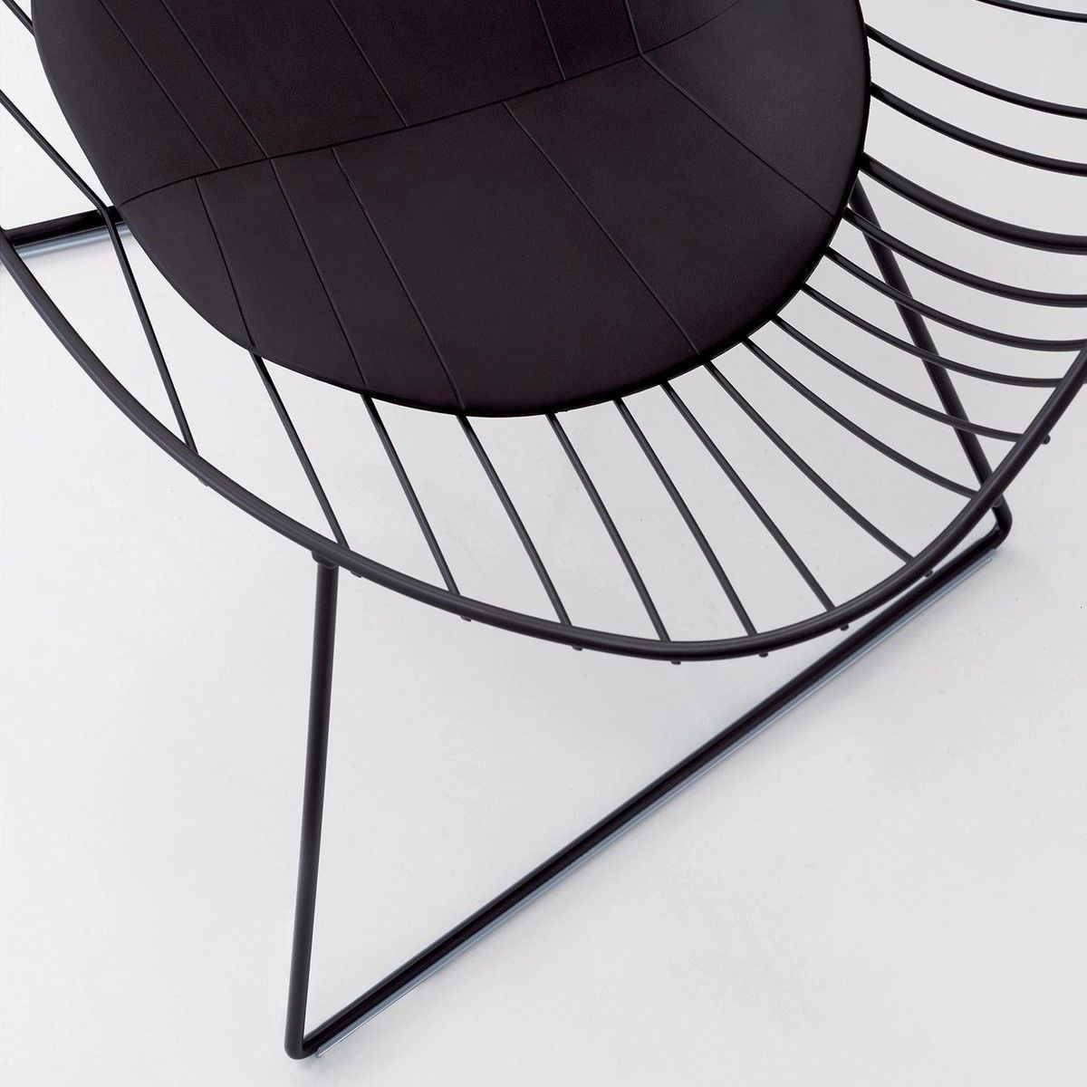 Leaf Chair Leaf Easy Chair Arper Ambientedirect