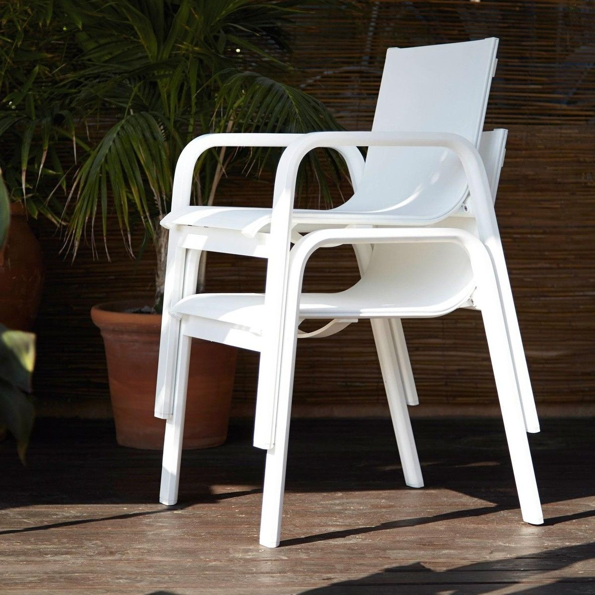 gandia blasco clack chair recliner covers uk stack garden with armrests
