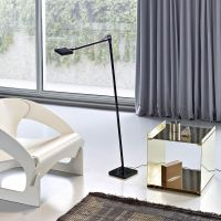 Kelvin LED F Floor Lamp | Flos | AmbienteDirect.com