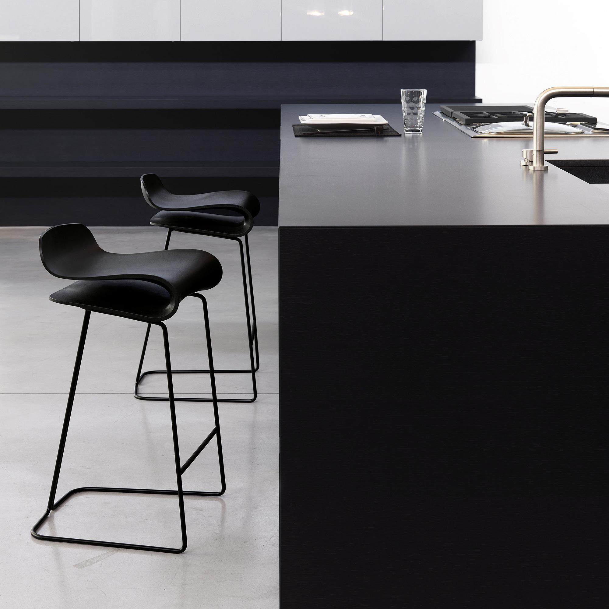 bcn stool bar stool