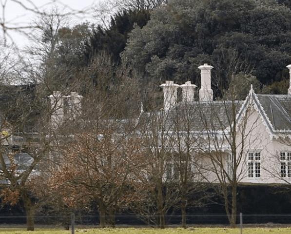 Formas en que el nuevo hogar de Harry y Meghan es diferente de la mansin de William y Kate