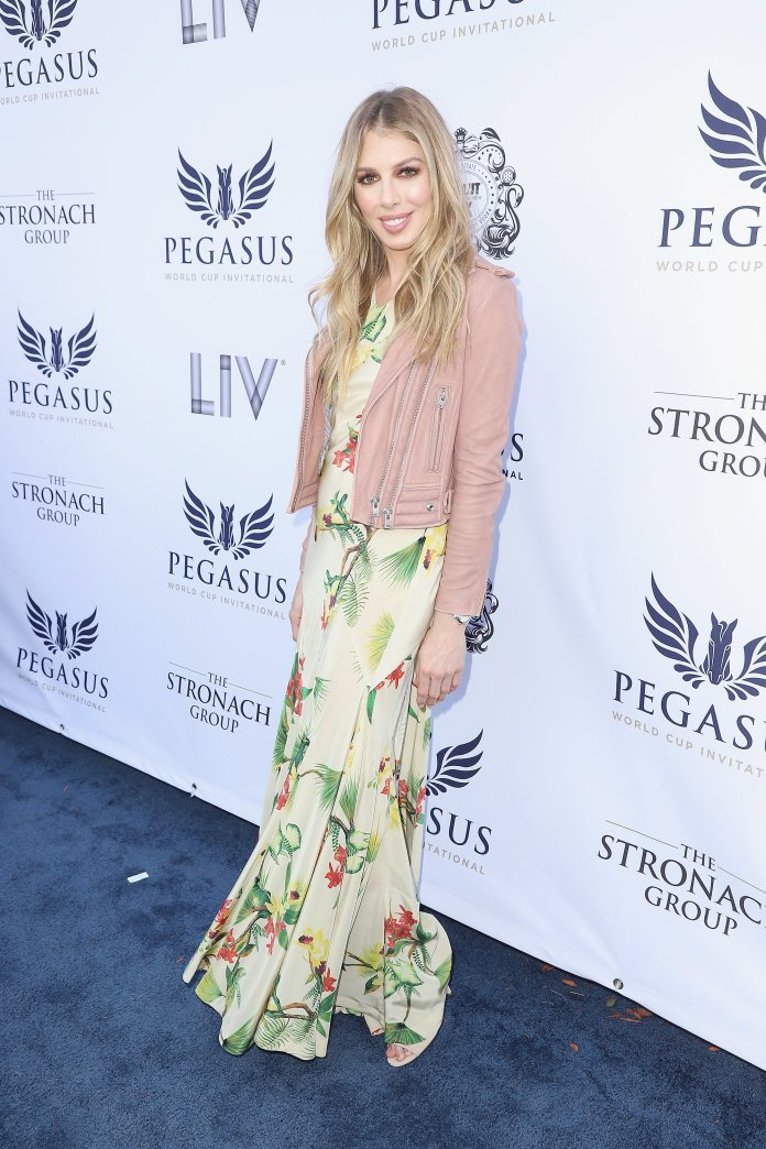 Hannah Selleck attends The $16 Million Pegasus World Cup Invitational, The World's Richest Thoroughbred Horse Race at Gulfstream Park on January 27, 2018 in Hallandale, Florida | Photo: Getty Images