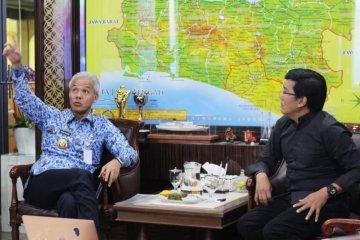 Denny Malik Rancang Festival Suling Internasional Di Candi