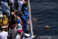 Kasal pimpin tabur bunga untuk KRI Nanggala di perairan Bali