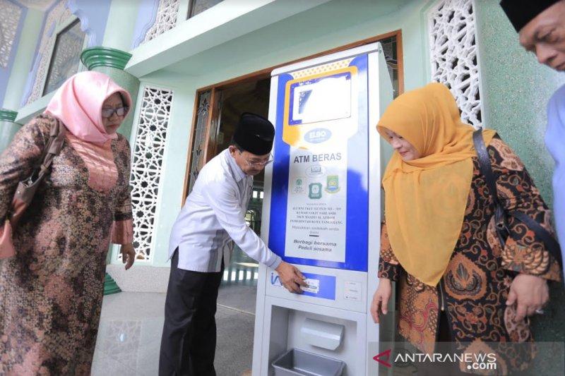 Yayasan Dar El Iman luncurkan ATM beras - ANTARA News