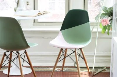 how to paint plastic chairs office chair dwg learn spray the right way apartment therapy