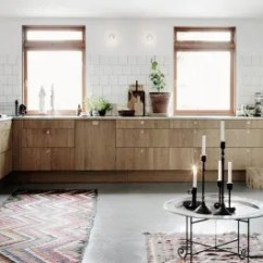 Oak Kitchen Cabinet Colors To Paint Cabinets 10 Modern Kitchens Rocking Natural Wood Apartment Therapy Image Credit Elle Decoration