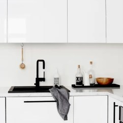 Kitchen Sink White Country Table Sets Black Pros Cons Apartment Therapy Image Credit Laura Seppanen