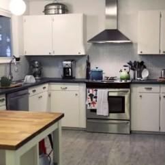 Kitchen Facelift Designers Maria S Smart 6100 Kitchn We Love Seeing Our Readers Freshened Up Kitchens Today Renovation Story Comes From In Vancouver Bc Her Is Really