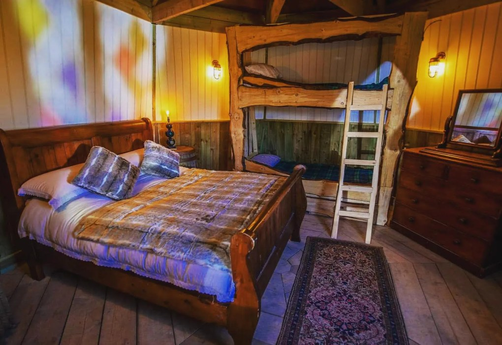 Magic Is Real – You Can Now Spend the Night In Hagrid's Hut: gallery image 5