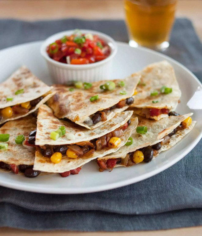 quick and easy dinner ideas, simple dinner ideas, cheesy quesadillas are easy and cheap to make for dinner
