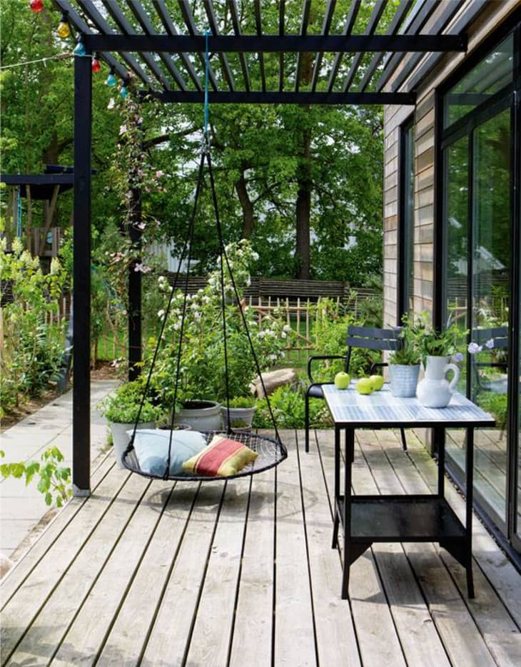 backyard pergola ideas apartment therapy