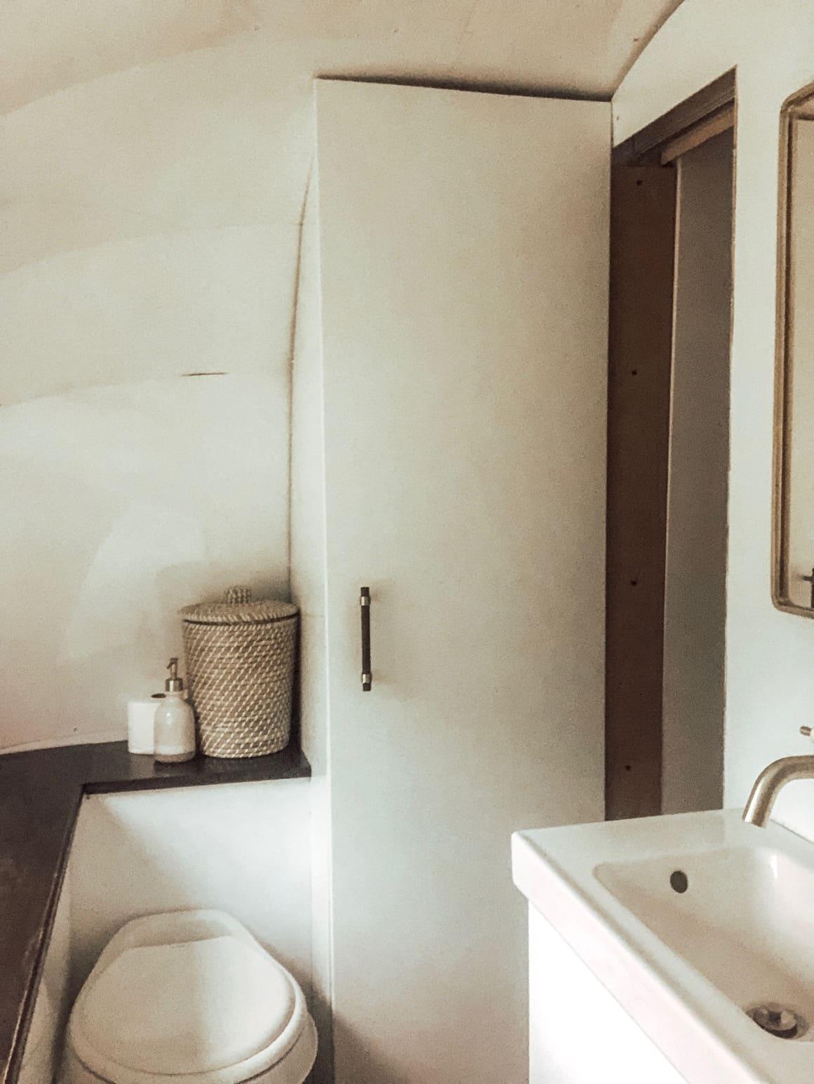 1972 Airstream Gut Renovation Tiny House Tour Apartment