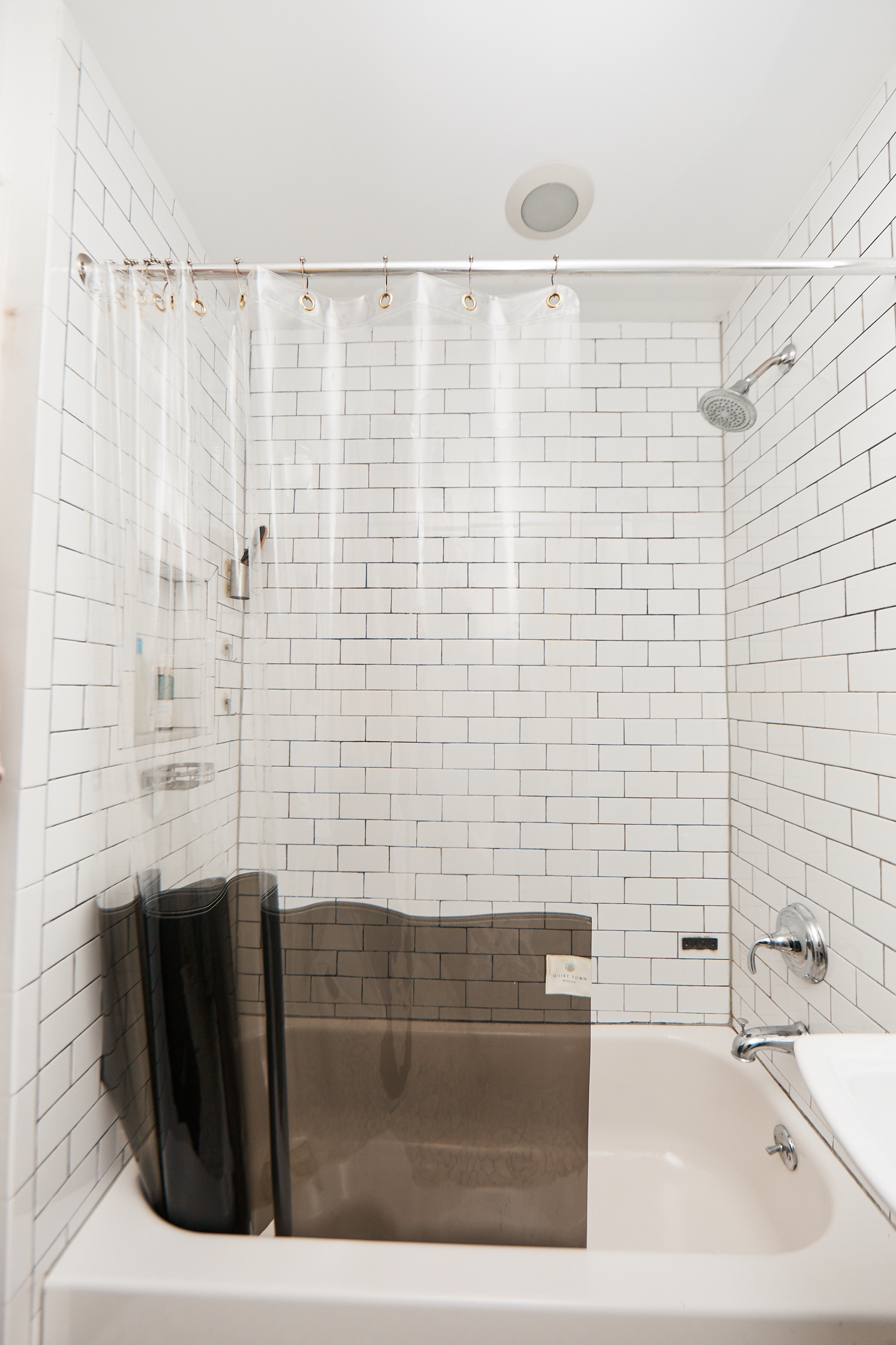small bathroom look so much bigger