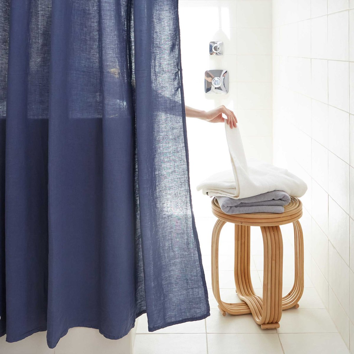 10 shower curtains that can be used as