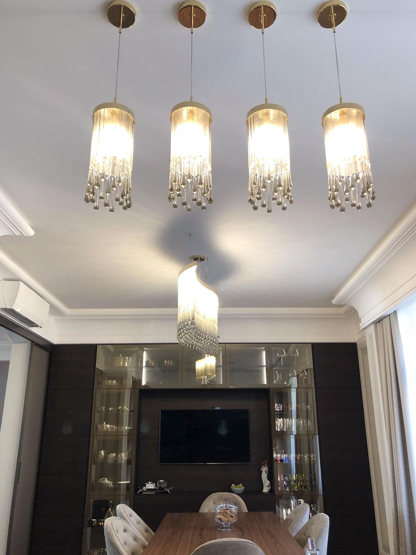Lampade di design decorative, che giocano con forme e colore. Lampadari Di Design Per Cucina E Living Multiforme Lighting