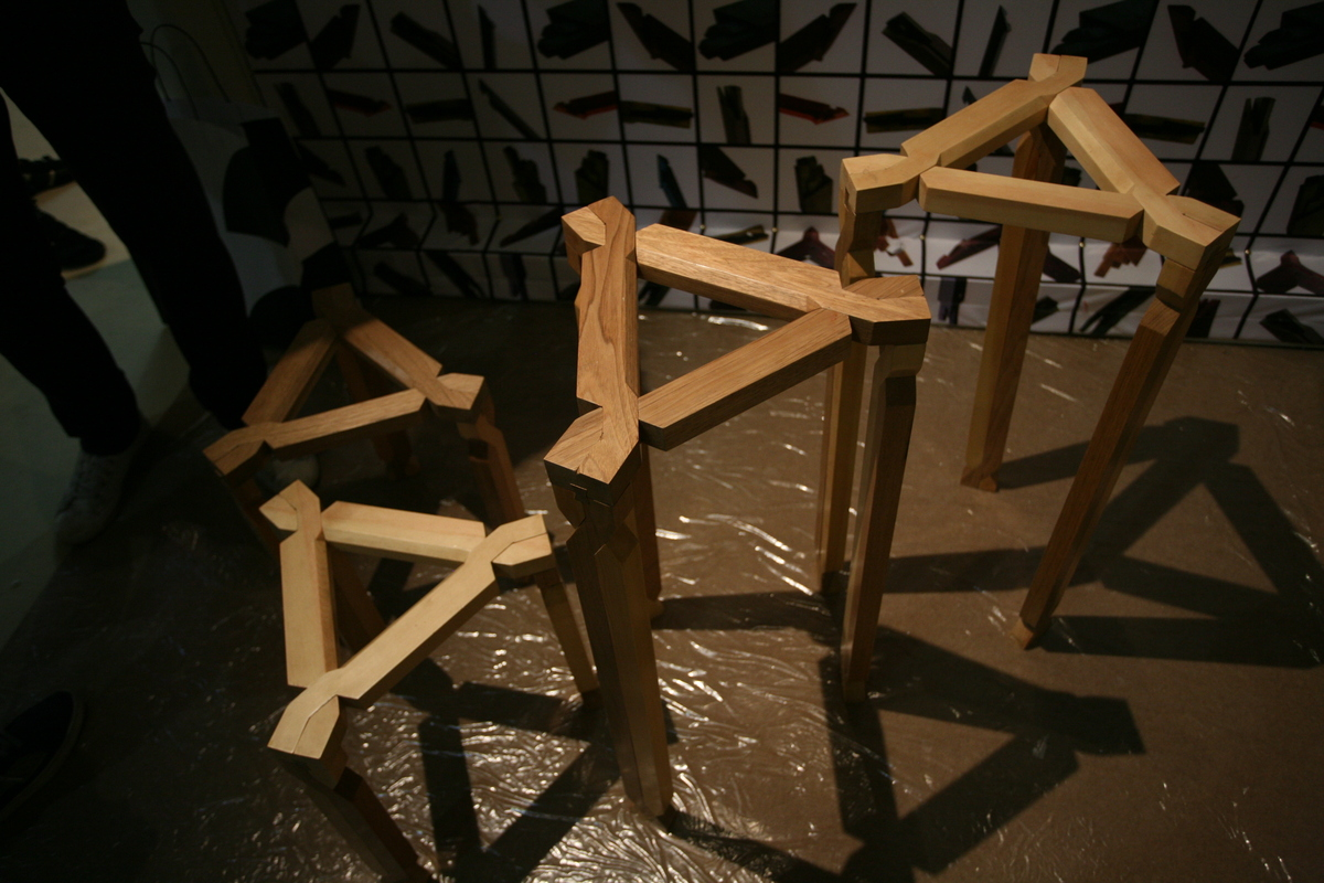 chair experimental design side table jie 解  musen lin archinect