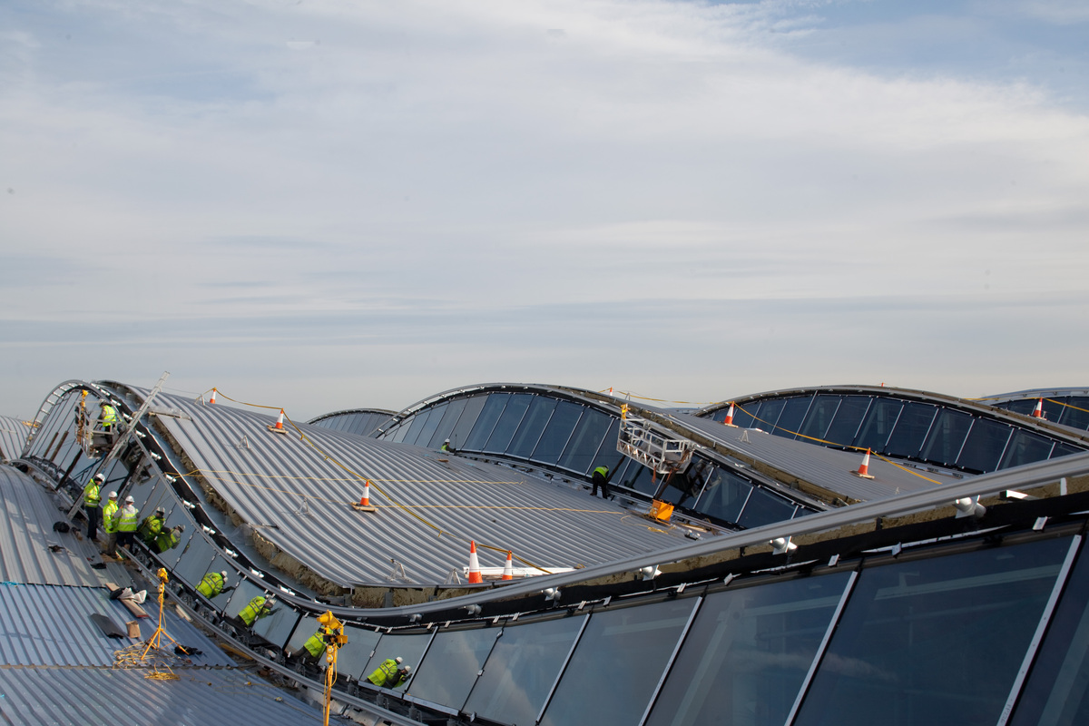 Terminal 2heathrow Airport (london)  Luis Vidal